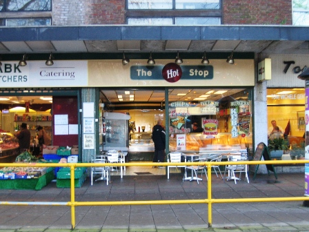 Cafe / Sandwich Bar In Bedford Town Centre