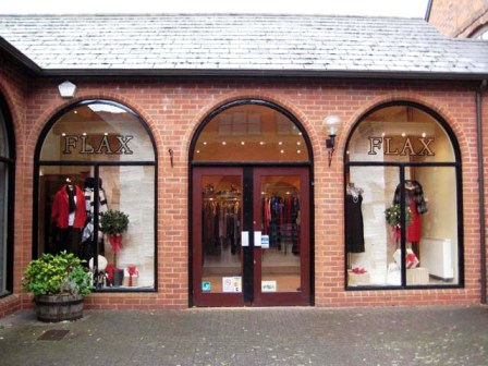 Leasehold Ladies Clothing & Accessories Shop