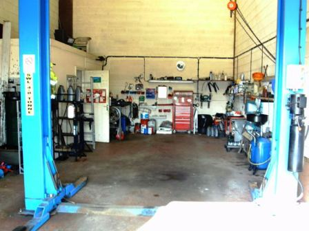 Car Repair & Service Garage