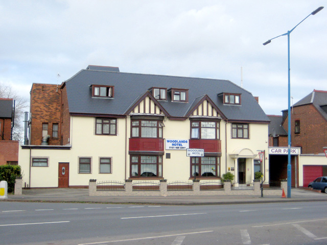 Excellent Freehold Hotel with Luxury Private Living Accommodation