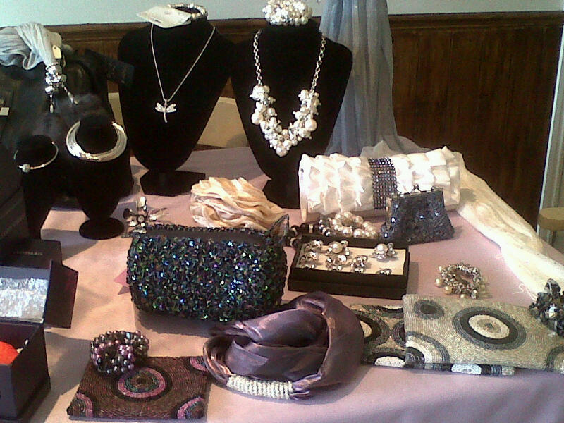 Independent Local Business Specialising In Ladies Shoes, Handbags, Jewellery, Sc for sale