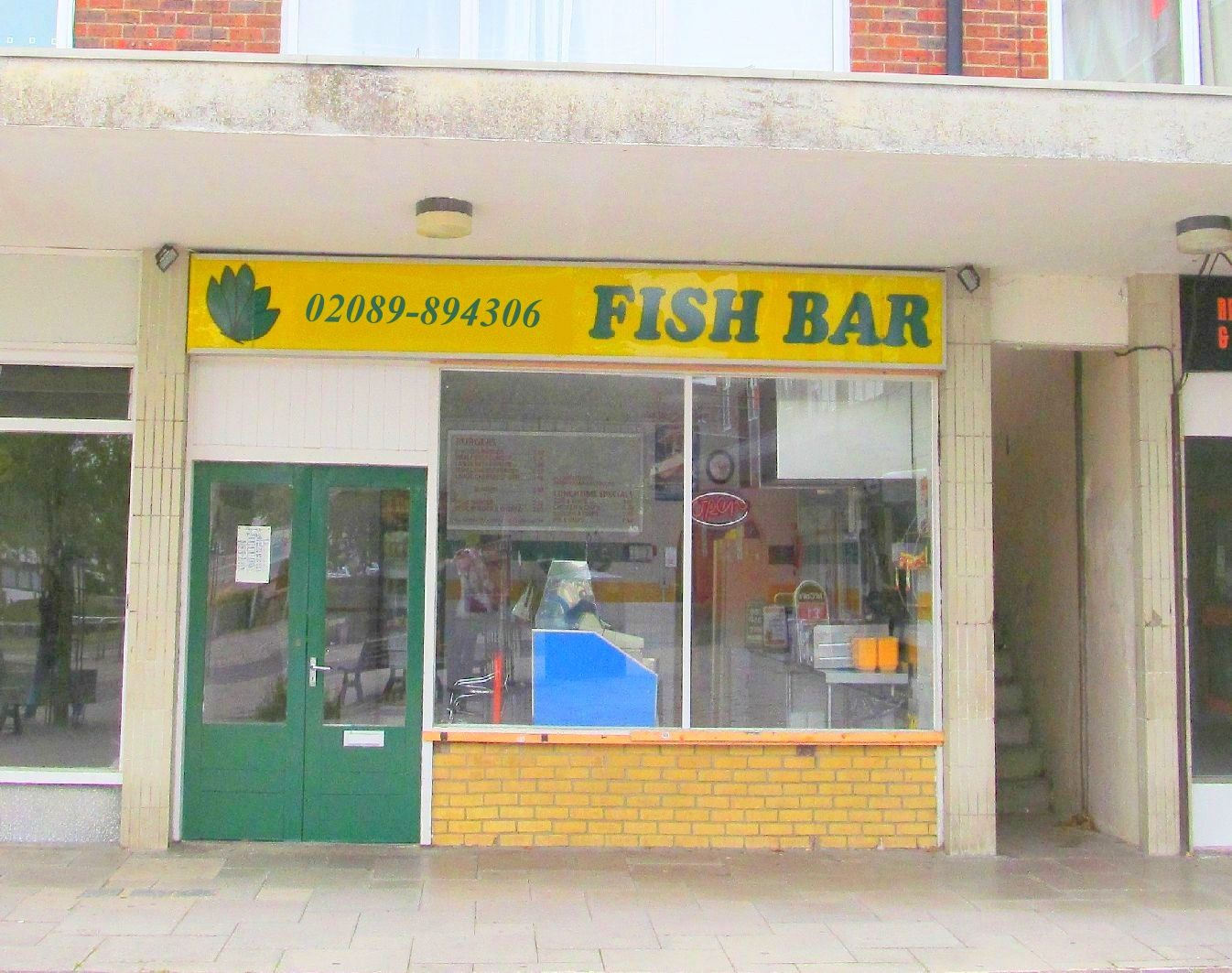 Dorset, Poole Mid Parade Fish & Chip Takeaway Business, Closes 8:00pm Latest, B
