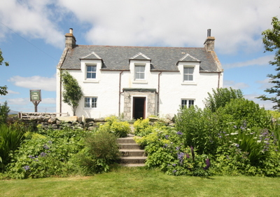 Traditional Highland Inn within Stunning and Remote Setting within The Highland