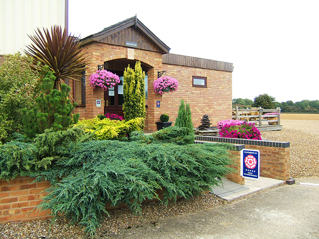 Bed & Breakfast / Holiday Accommodation within 11 Acres of Its Own Grounds
