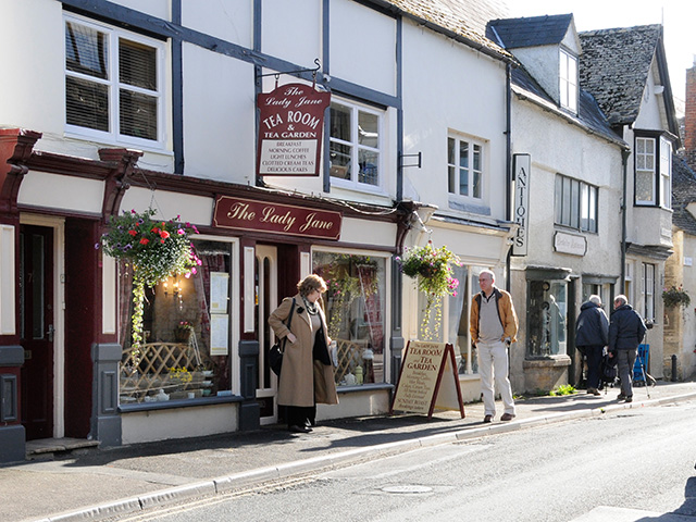 Traditional Town Centre Tea Rooms