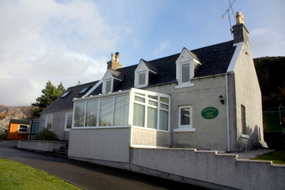 Attractive Highland Guest House Located In A Compelling Coastal Setting On The W