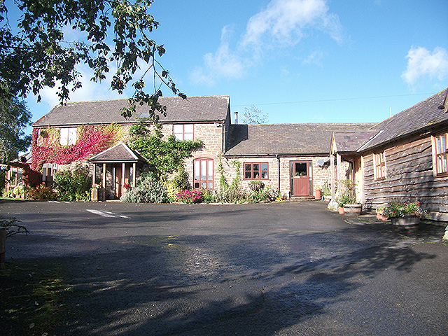 Self Catering Holiday Cottages with Owners 5 Bedroom Farmhouse