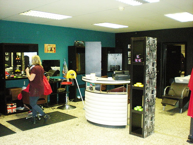 Well Presented Barbers & Training Academy