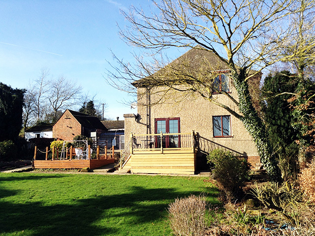 Superb Detached Property On 95 Acres with Boarding Kennels