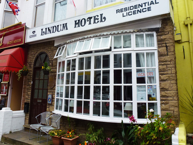 Well Presented 9 Bedroom Hotel with Owners' Accommodation